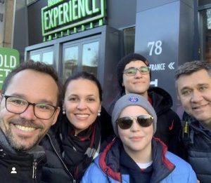 Grupo em tour na Heineken Experience